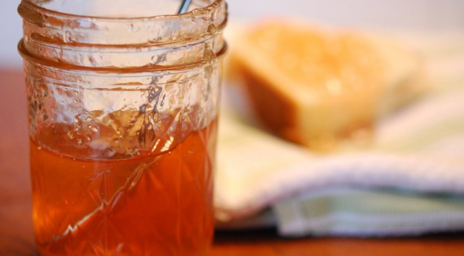 Make Your Own Winter Apple Jelly in Under 15 Minutes!