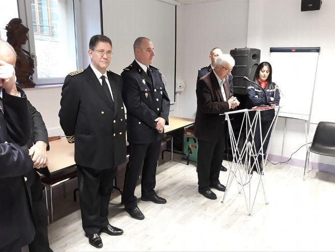 Le maire, Michel Destannes, a salué l'engagement citoyen quotidien des sapeurs-pompiers © Droits réservés - La Montagnes