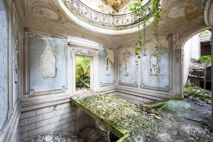 Nature Takes Over Abandoned Places