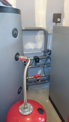 hydraulique avec régulation sur vanne trois voies