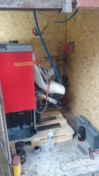 chaudière à granulé FROLING P4 de 38 kw en cour de raccordement