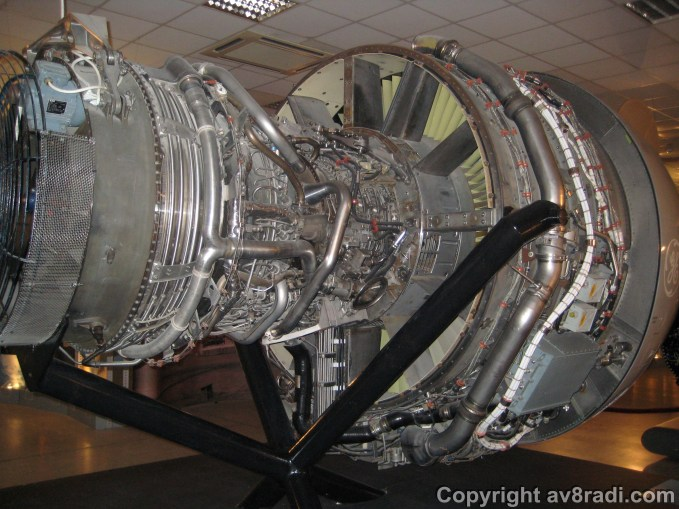 Main jet engine display Engine on an Airbus A320