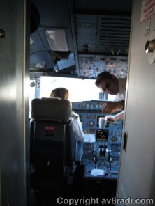 The First Officer inviting me to the flight deck. (Thank you very much :) )