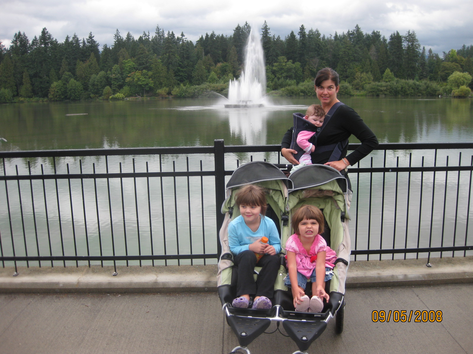 Mom and the Girls in Vancouver