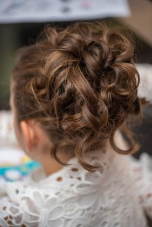 flower girls hair up and curls