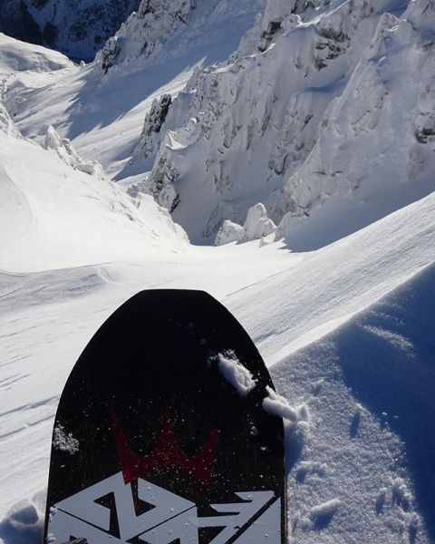 Soon. #AVALON7 #LiveActivated #snowboarding