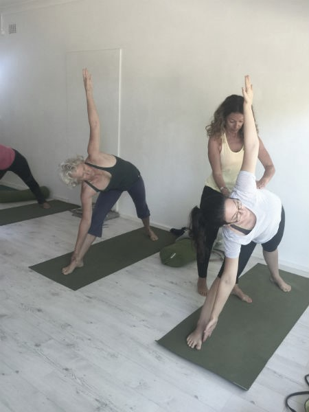 iyengar-yoge-class