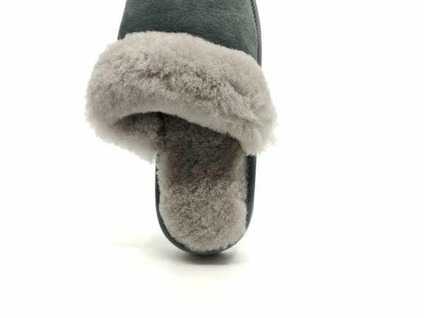 Pilkos slapvos, odinės šlepetės