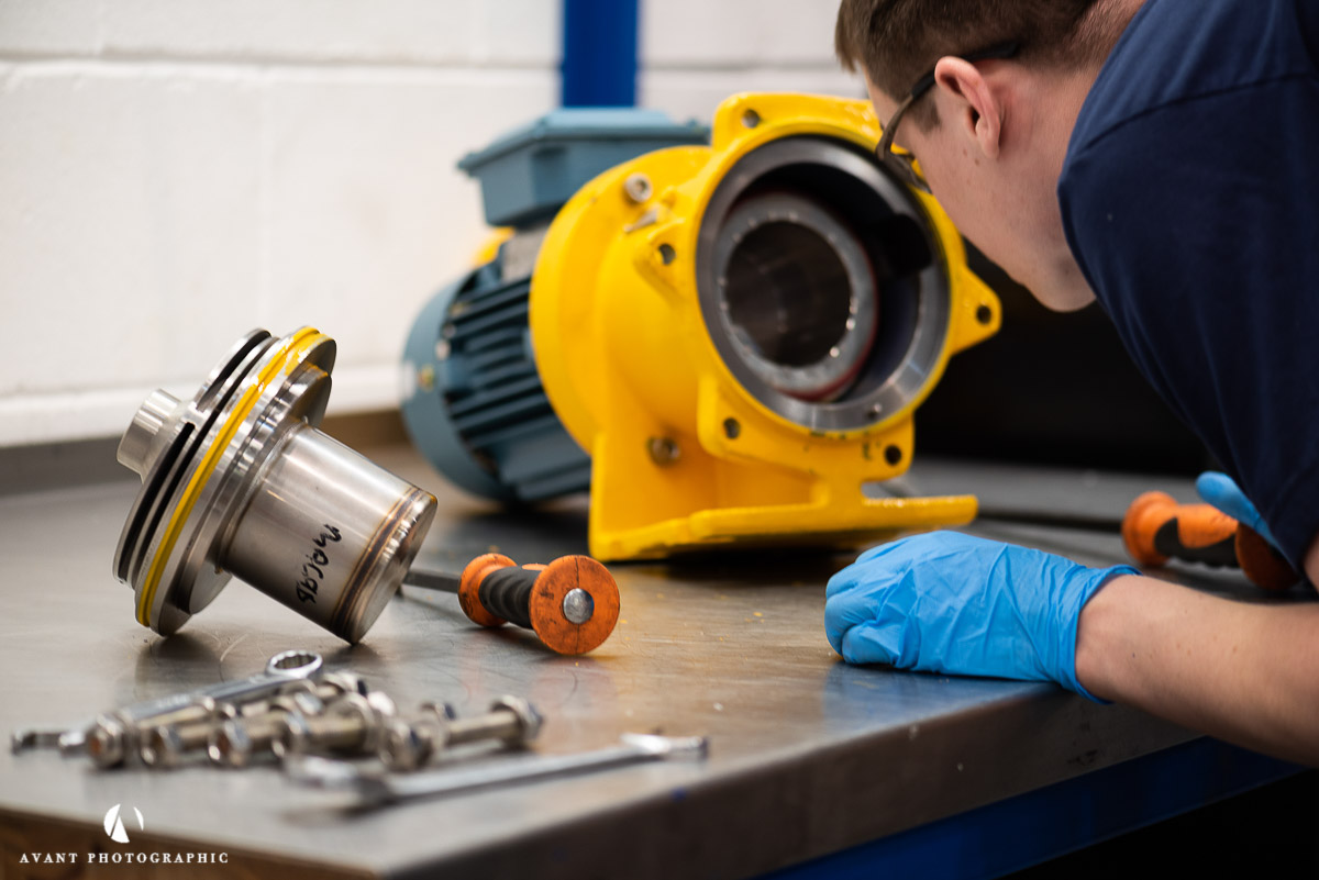 Avant Commercial - An engineer services a pump at AVTPUMP