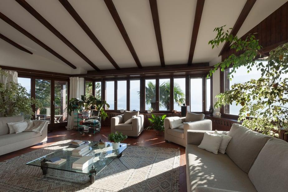 Optimum Open Living Room with Windowpane and Glass Doors