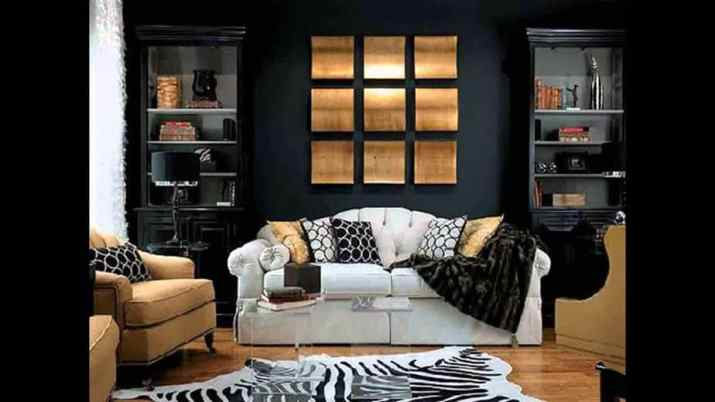 Casual Black and Gold Living Room