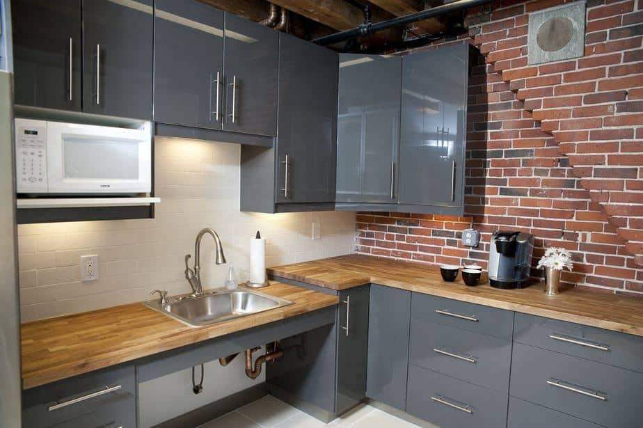Warm DIY Kitchen Countertop