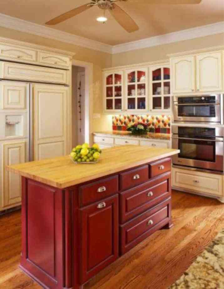 Kitchen Island with Graceful Cabinet Model