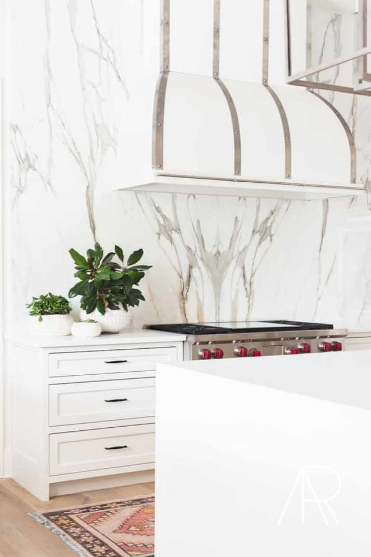 Retouched Marble Kitchen Backsplash