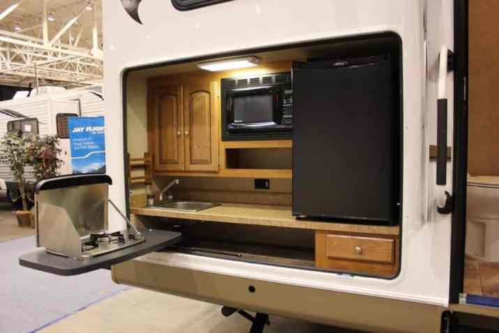 Outdoor Kitchen with Mobile Cabinet