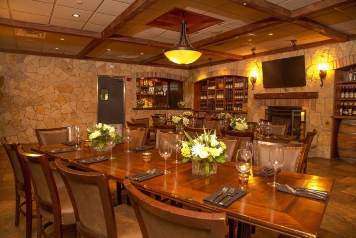 Glowing Tuscan Kitchen