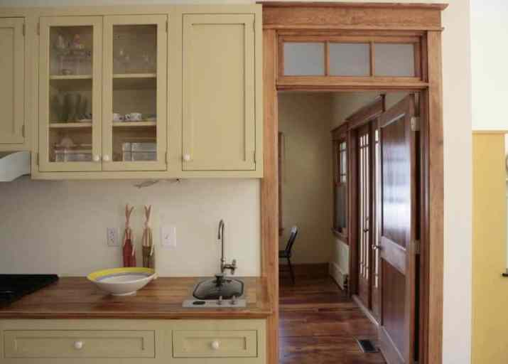 Unfinished Kitchen Cabinet with Arc Shelving