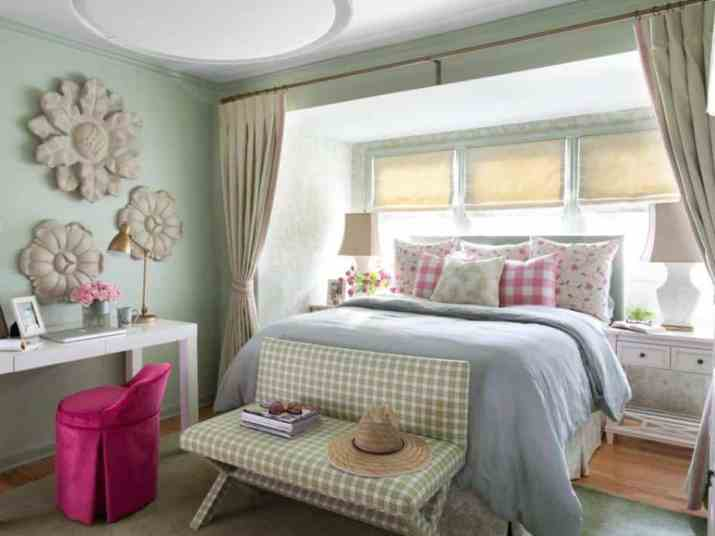 Soothing Colorful Bedroom