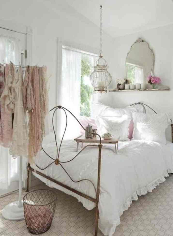 Shabby Chic Woman Bedroom