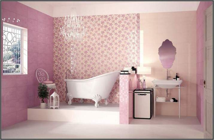 Floral Bathroom Accent Wall
