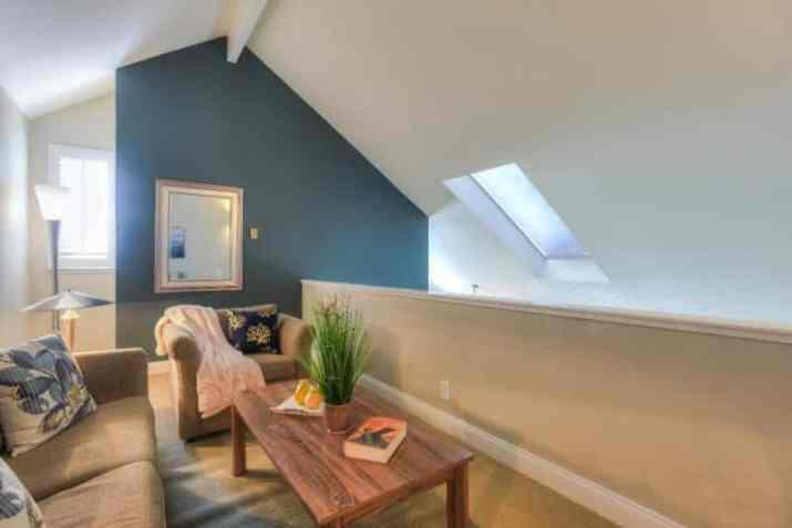 petite room Half Vaulted Ceiling Ideas