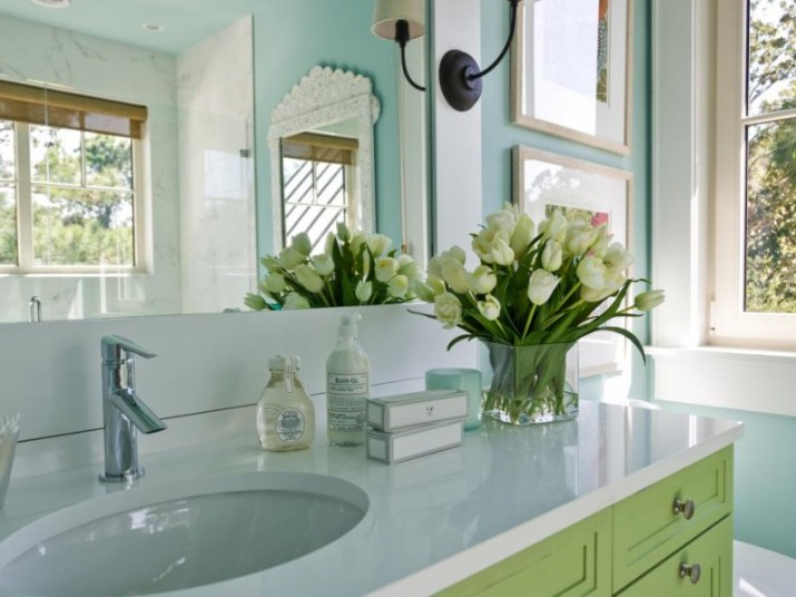 15 Bathroom Countertop Ideas 2020 (and Their Plus Points) 3