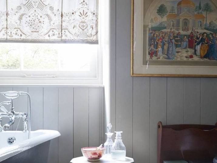 15 Country Bathroom Ideas 2020 (Scene-Stealing Design Inspirations) 15