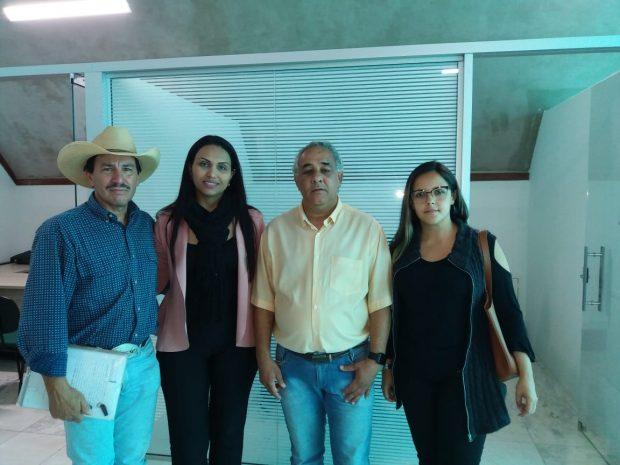 Servidora protocola pedido de CPI contra Jô Silvestre