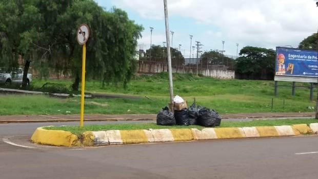 Estati defende prefeito e coleta de lixo; veja repercussão