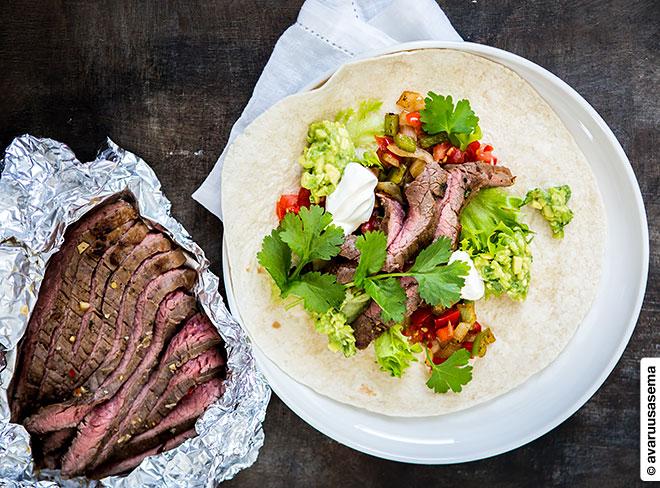 Flank steak fajitas, © avaruusasema.com