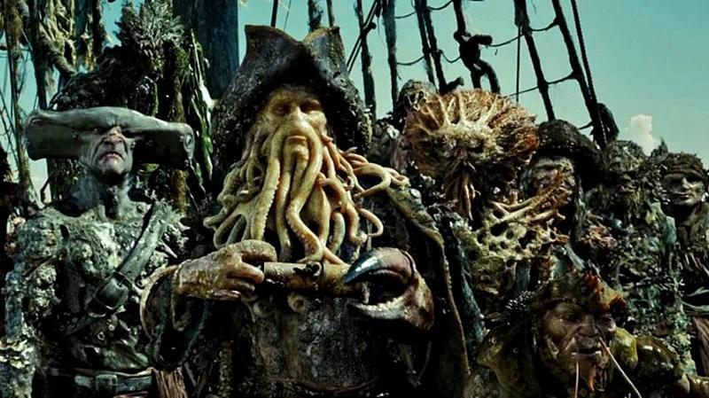 «Пираты Карибского моря: Сундук мертвеца»