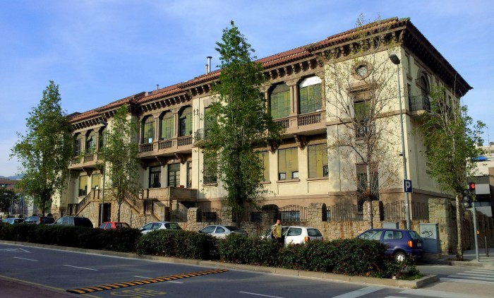 Antic edifici de l'Escola Lola Anglada de Badalona