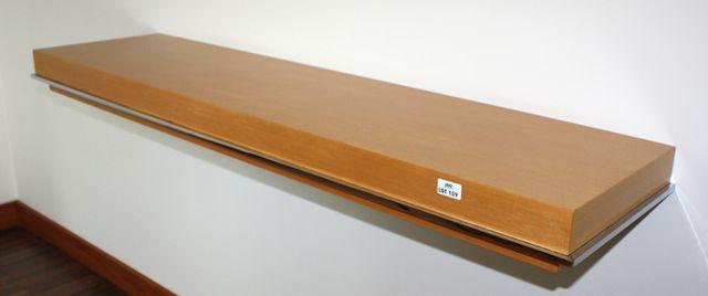 placard suspendu a 4 tiroirs et 2 portes en bois clair 50 cm 110 cm 39 cm et 1 etagere murale 140 c