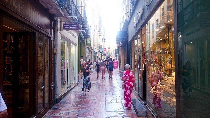 Rue du Pont des Marchands (calle del Puente de los Comerciantes), en Narbona.