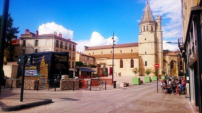 Iglesia de la Magdeleine, en la plaza del mismo nombre.