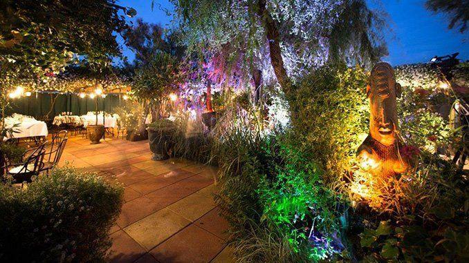 Detalle del precioso jardín. Foto: Les Grands Buffets.