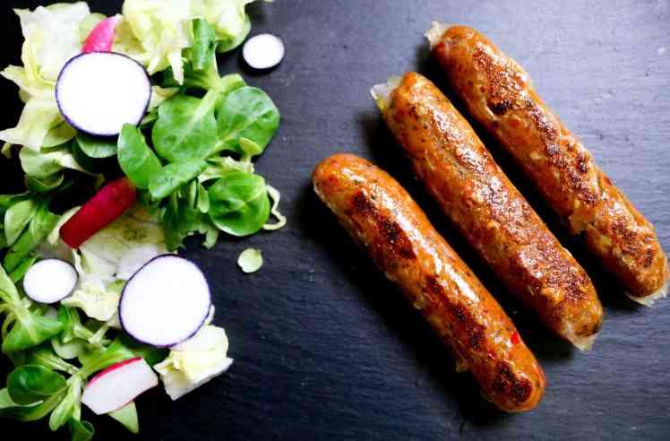 Salsicce di Seitan e Ceci con insalata
