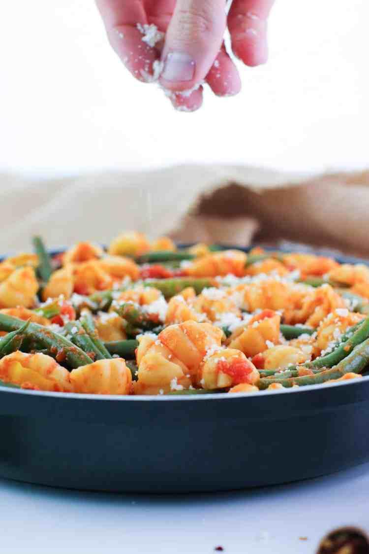 easy green bean pasta bake cheese sprinkle