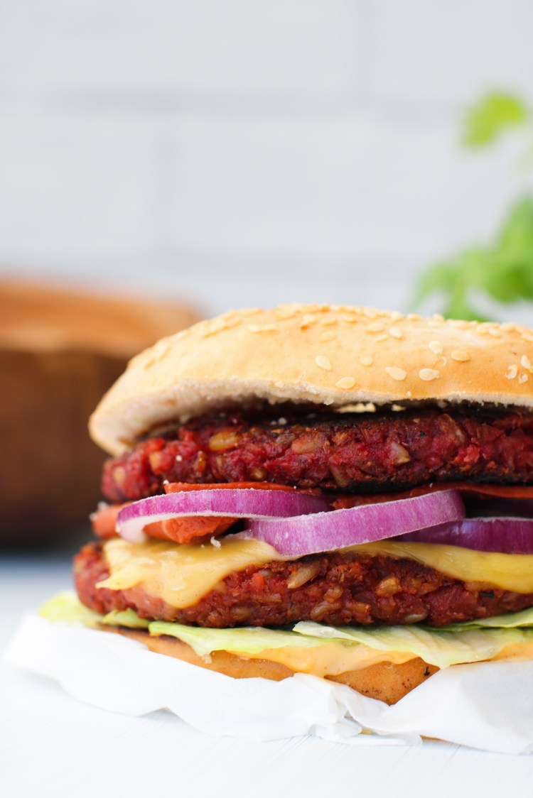 vegan freekeh burger close up