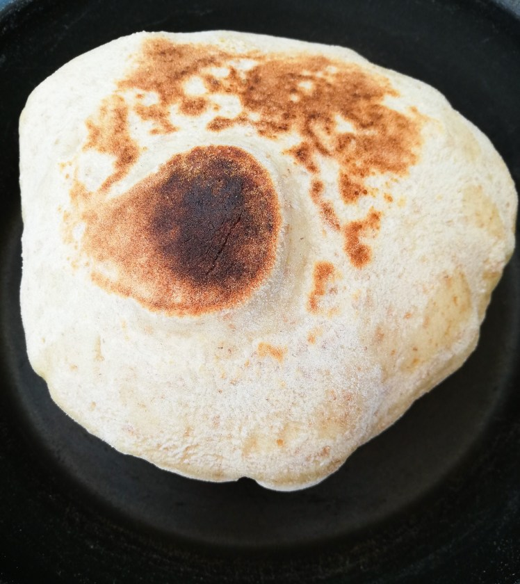 Easy homemade pitta bread puffed 2