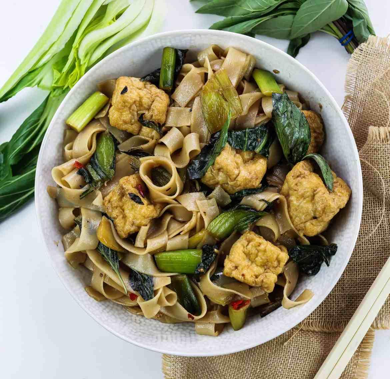 Thai Style Vegan Drunken Noodles