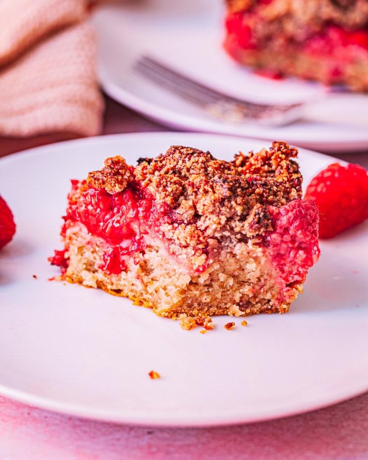 Tarta crumble de frutos rojos saludable