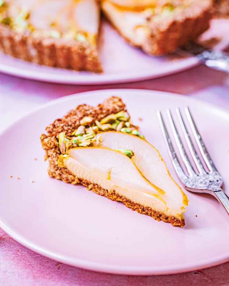 Tarta de crema y pera