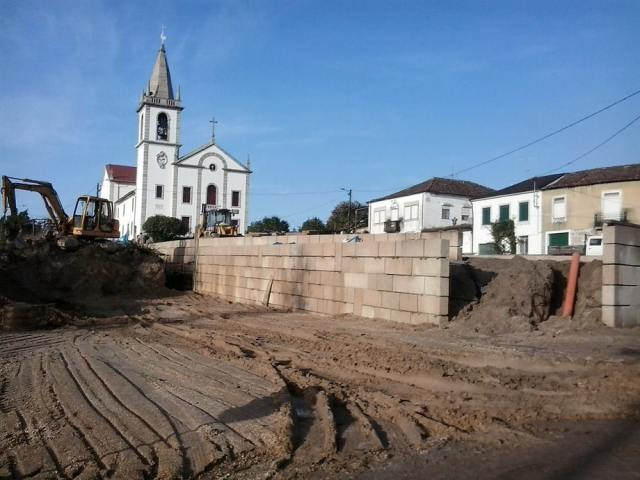 adro-igreja-ruilhe