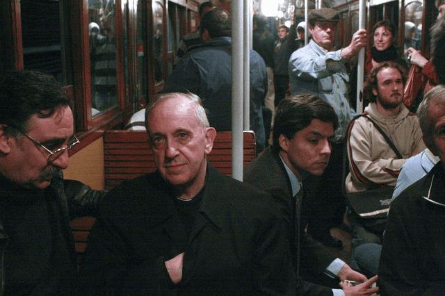 papa-francisco-metro-buenos-aires