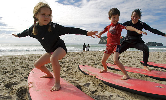 surfing-kids-580_30647a