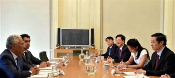 Reunião de António Costa com a delegação chinesa, em Julho de 2015.