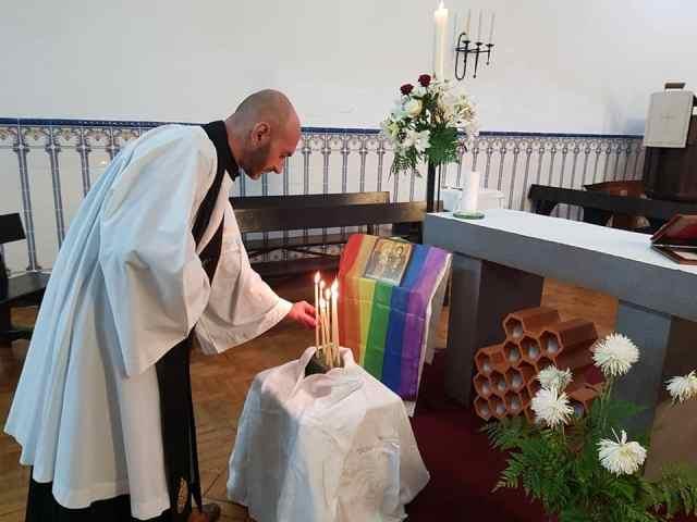 homofobia_paroquiaSmateus_anglicanos