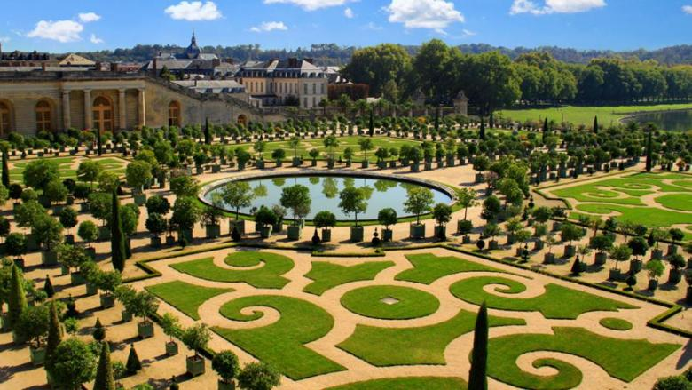Garden-of-Versailles.