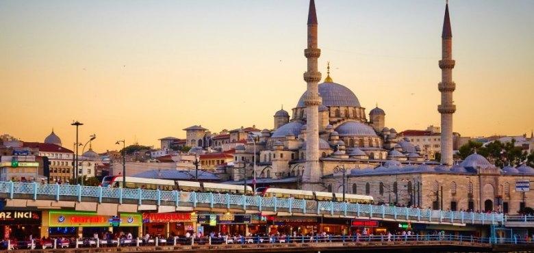 City break Istanbul! 95 Eur (zbor, cazare 3 nopti si mic dejun)